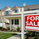 What You Should Know About Real Estate Flipping During the Holidays