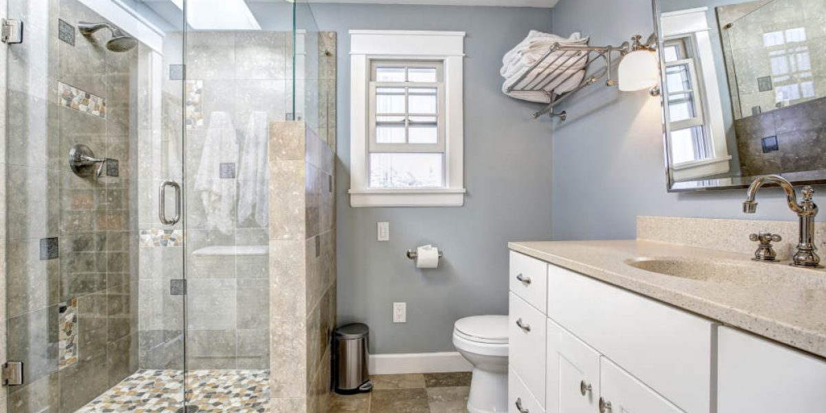 What Are the Advantages of a Curbless Shower? | Murphy Construction